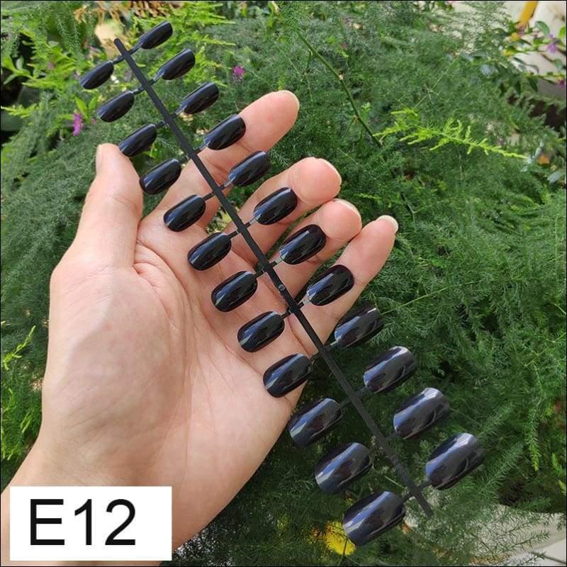 432 pcs/pack Mixed 18 Colors Full Short Round Nail Tips - E12 X 5PCs - False Nails