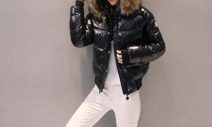 Amazing Fur Hooded Jacket - Black / S - Parkas